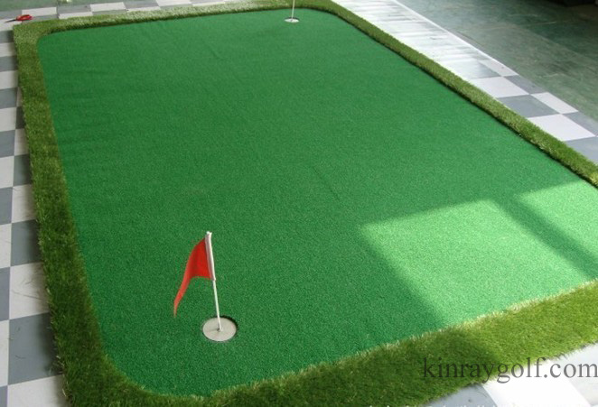 Portable golf putting green